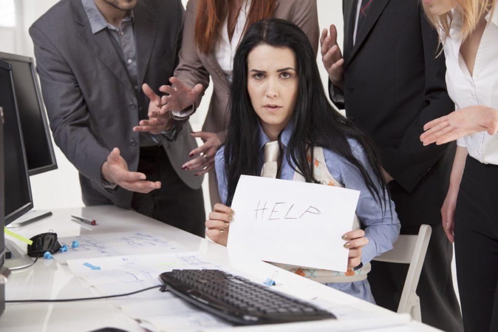 4 maneiras de lidar com assédio moral no local de trabalho