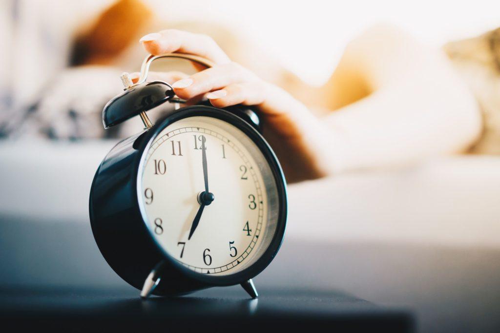 Como construir uma rotina matinal positiva